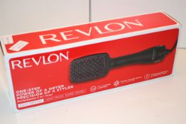 BOXED REVLON ONE-STEP POWER OF A DRYER PRECISION OF A STYLER SALON HAIR DRYER AND STYLER RRP £52.