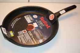 BOXED TEFAL EVEREST BUILT TO LAST 32CM FRYING PAN RRP £39.99Condition ReportAppraisal Available on