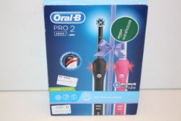 BOXED ORAL B PRO 2 POWERED BY BRAUN 2900 TOOTHBRUSH CROSS ACTION RRP £60.00Condition ReportAppraisal