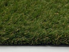 ***FREE DELIVERY & NO HAMMER VAT*** BRAND NEW, ARTIFICIAL GRASS FROM THE MIAMI RANGE 30MM