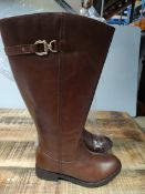 LEGROOM RAN BOOTS SIZE UK 6 RRP £42.99Condition ReportAppraisal Available on Request- All Items