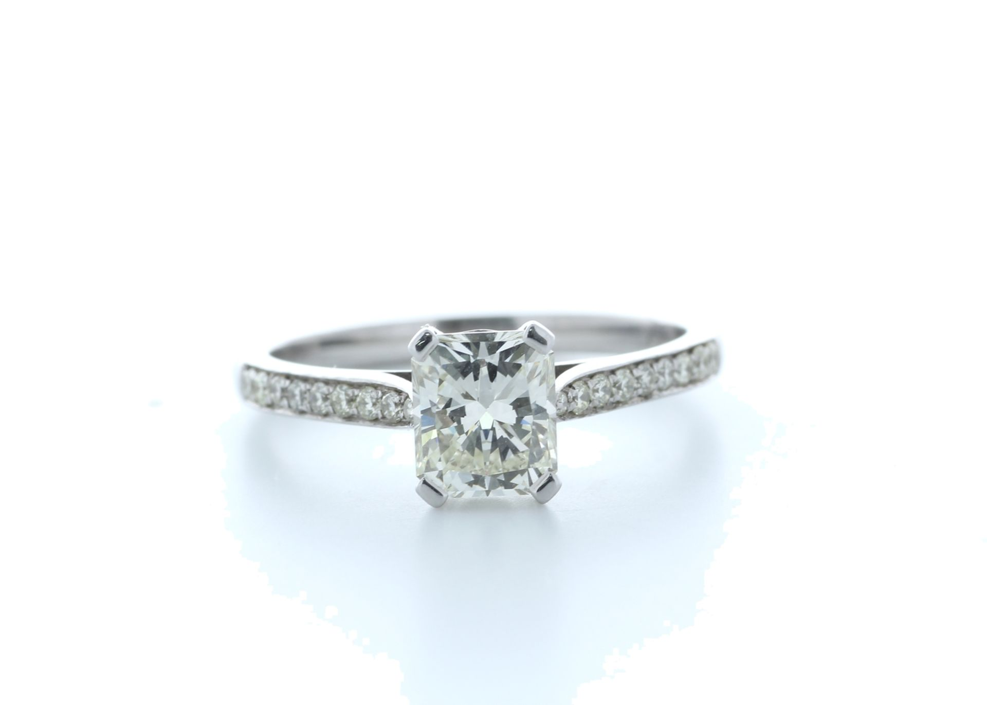18ct White Gold Radiant Cut Diamond Ring 1.23 (1.08) Carats - Valued by IDI £19,500.00 - 18ct