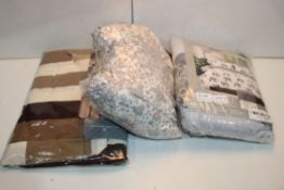 3X ASSORTED BEDDING ITEMS Condition ReportAppraisal Available on Request- All Items are Unchecked/