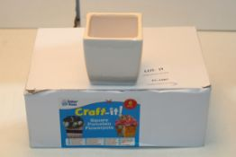 CRAFT IT X 6 SQUARE PORCELAIN FLOWERPOTS RRP £9.99Condition ReportAppraisal Available on Request-
