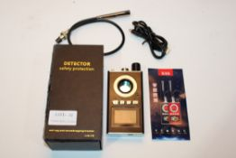 BOXED DETECTOR SAFETY ANTI SPY/ ANTI EVESDROPPING CRACKER Condition ReportAppraisal Available on