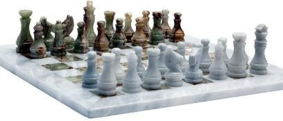 2X BOXED SEALED RADICAL HANDICRAFTS WHITE & GREEN ONYX CHESS SETS WITH PROTECTIVE CASES COMBINED RRP