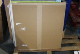 BOXED CHILD SAFETY GATE (PLAIN BOXED)Condition ReportAppraisal Available on Request- All Items are