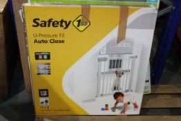 BOXED SAFETY 1ST U-PRESSURE FIT AUTO CLOSE SAFETY GATE Condition ReportAppraisal Available on