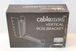 CableMod CM-VPB-HDK-R Vertical Graphics Card Holder with PCIe x16 Riser Cable 1 x DisplayPort 1 x