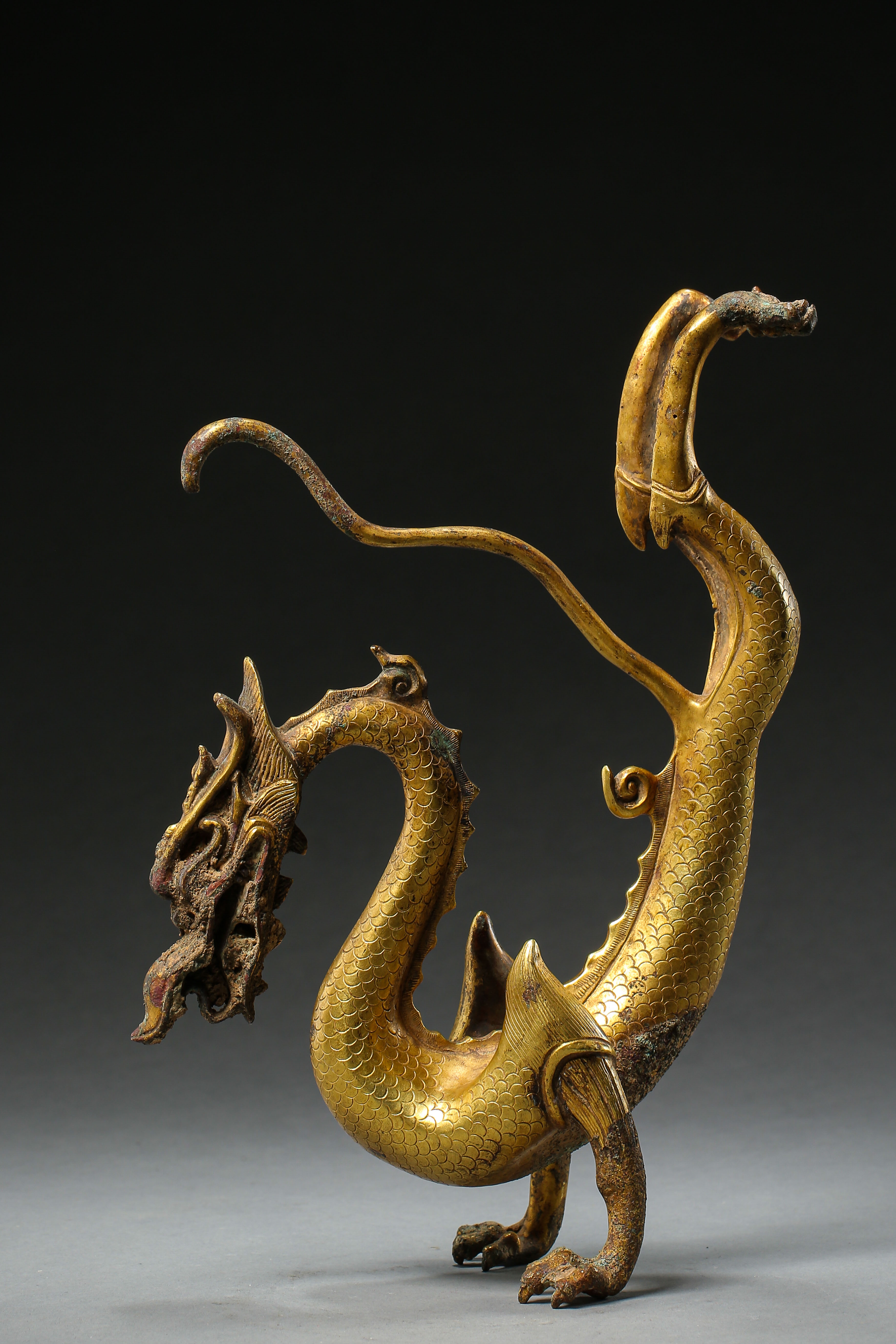 GILT BRONZE DRAGON IN TANG DYNASTY, CHINA - Image 2 of 9