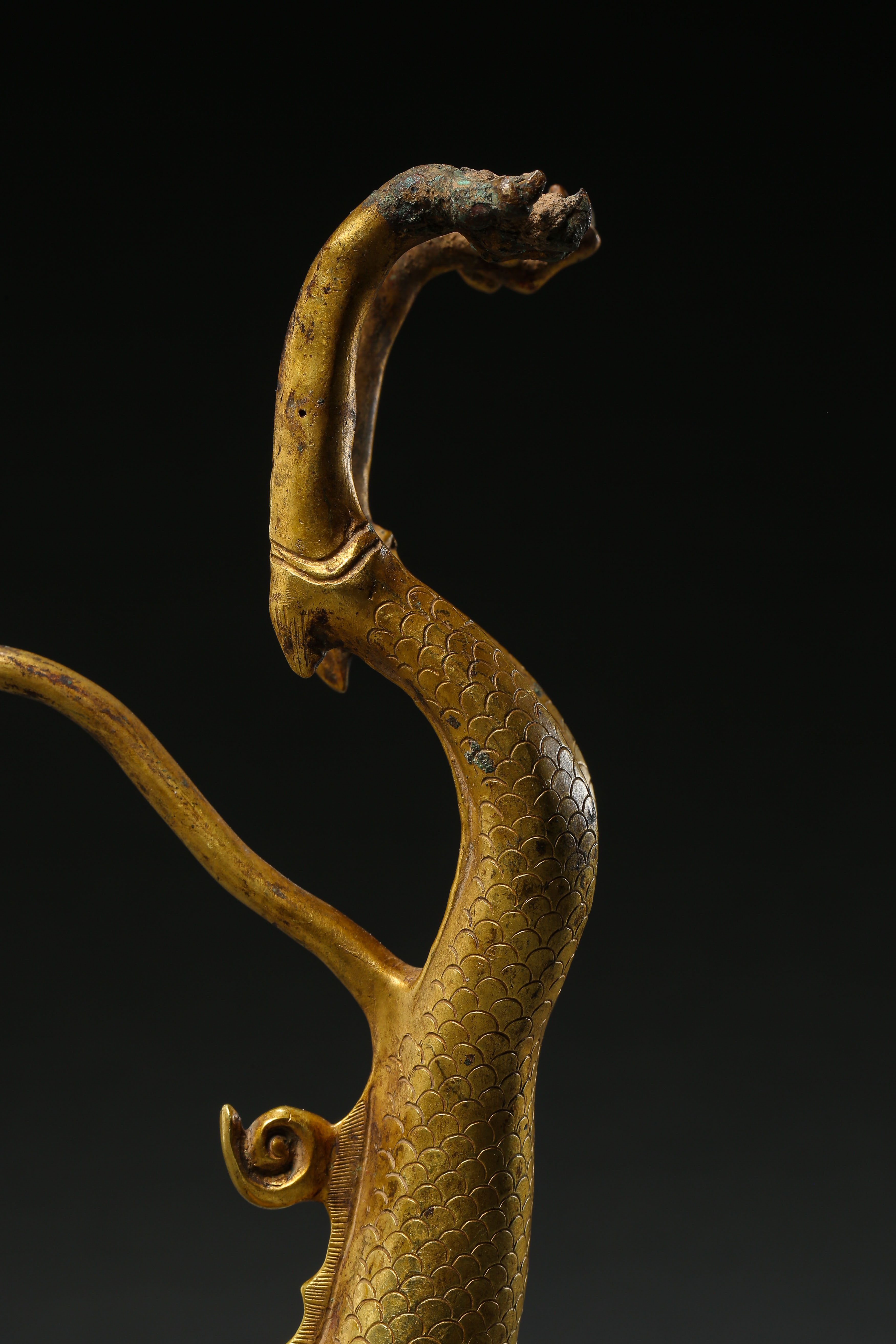 GILT BRONZE DRAGON IN TANG DYNASTY, CHINA - Image 4 of 9