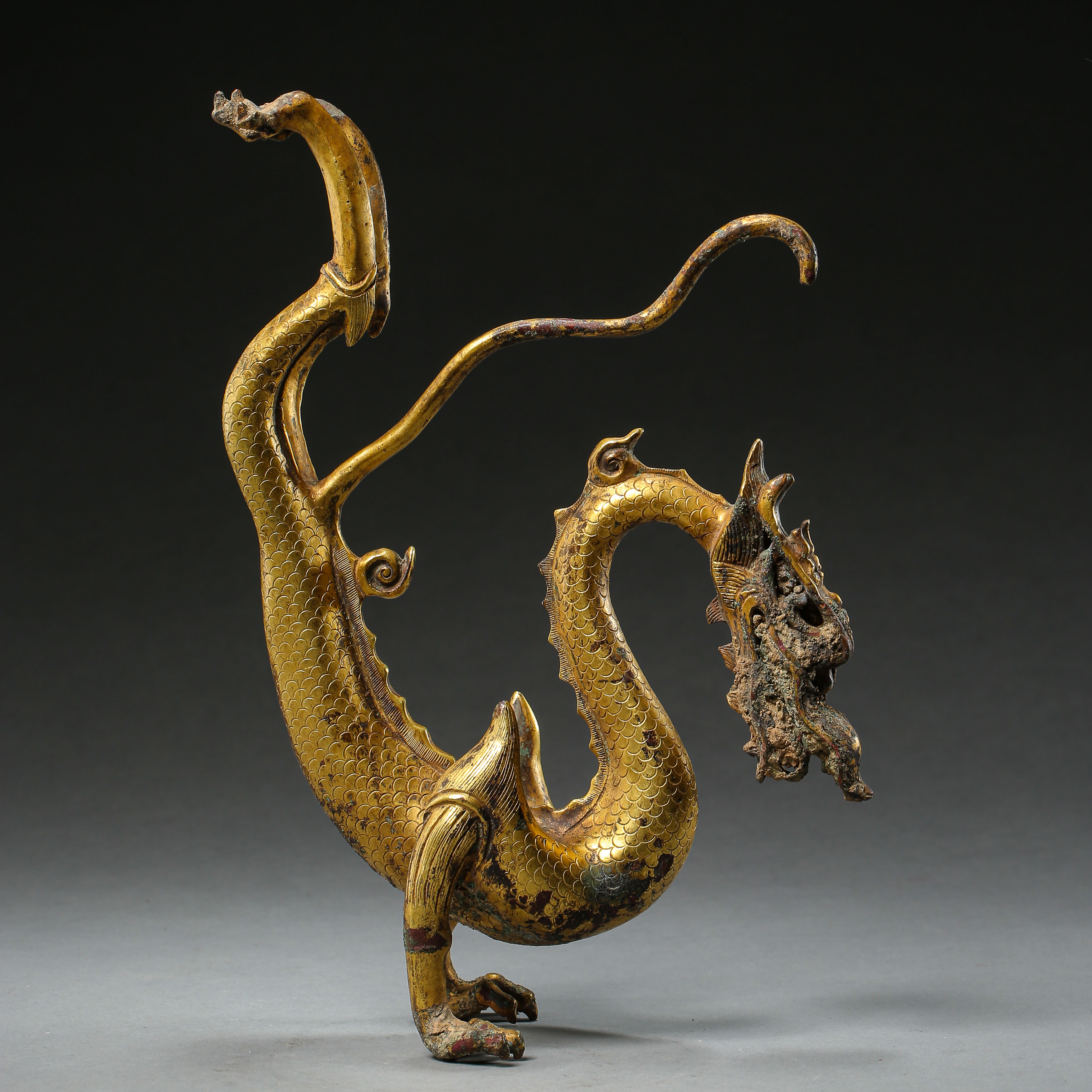 GILT BRONZE DRAGON IN TANG DYNASTY, CHINA - Image 8 of 9