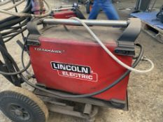 TOMAHAWK 1025 WELDER LINCOLN ELECTRIC