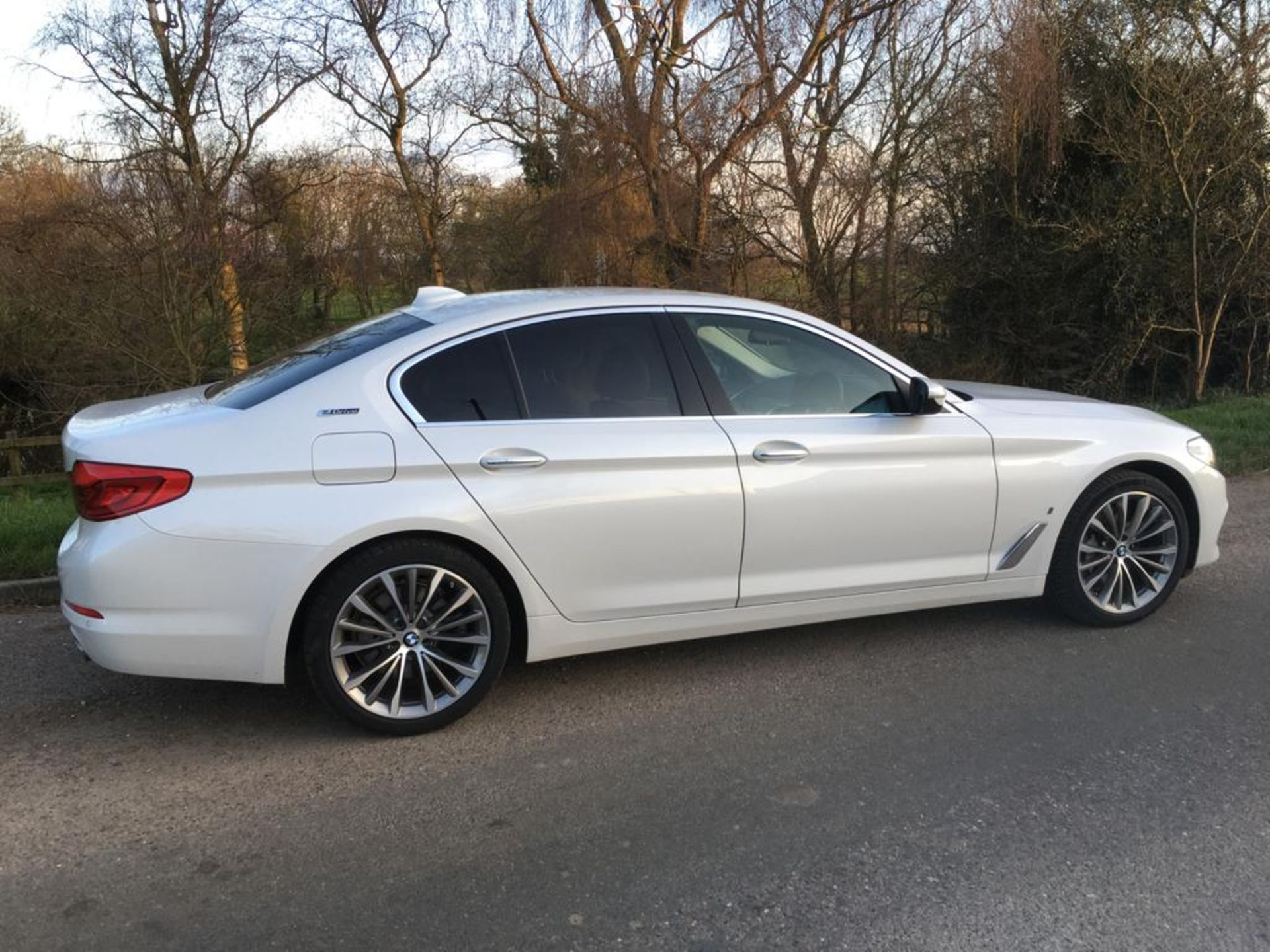 2018 BMW 530E 2.0 SE HYBIRD SALOON AUTOMATIC - Image 10 of 34