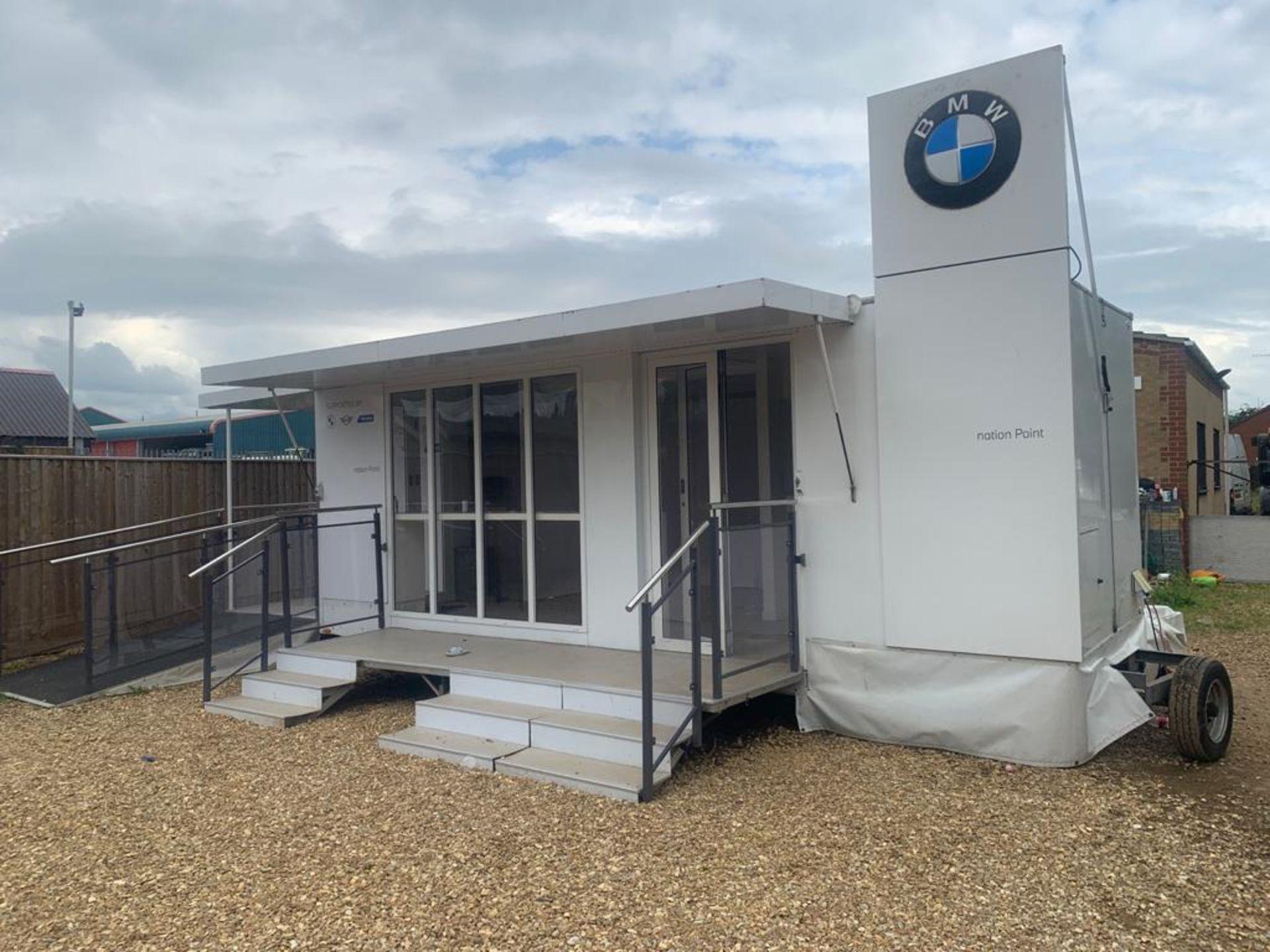 EX BMW EXIBITION UNIT ON TRAILER - Image 3 of 32