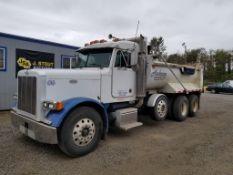 2000 Peterbilt 379 Tri-Axle Dump Truck