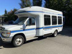 2008 Ford E350 Shuttle Bus