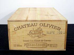 12 bts Ch. Olivier 2006 owc Pessac-Léognan Grand Cru Classé de Graves