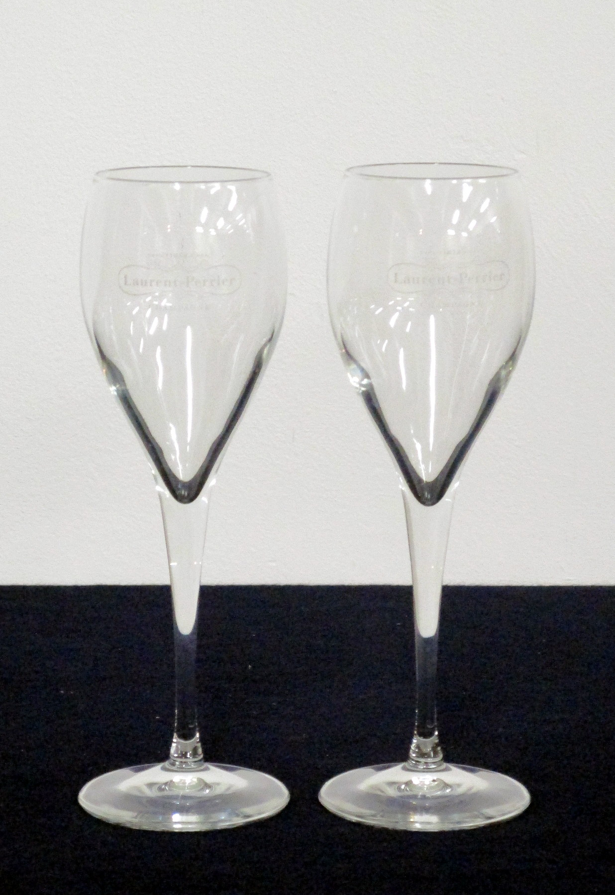 2 Champagne Flutes, Laurent Perrier etching