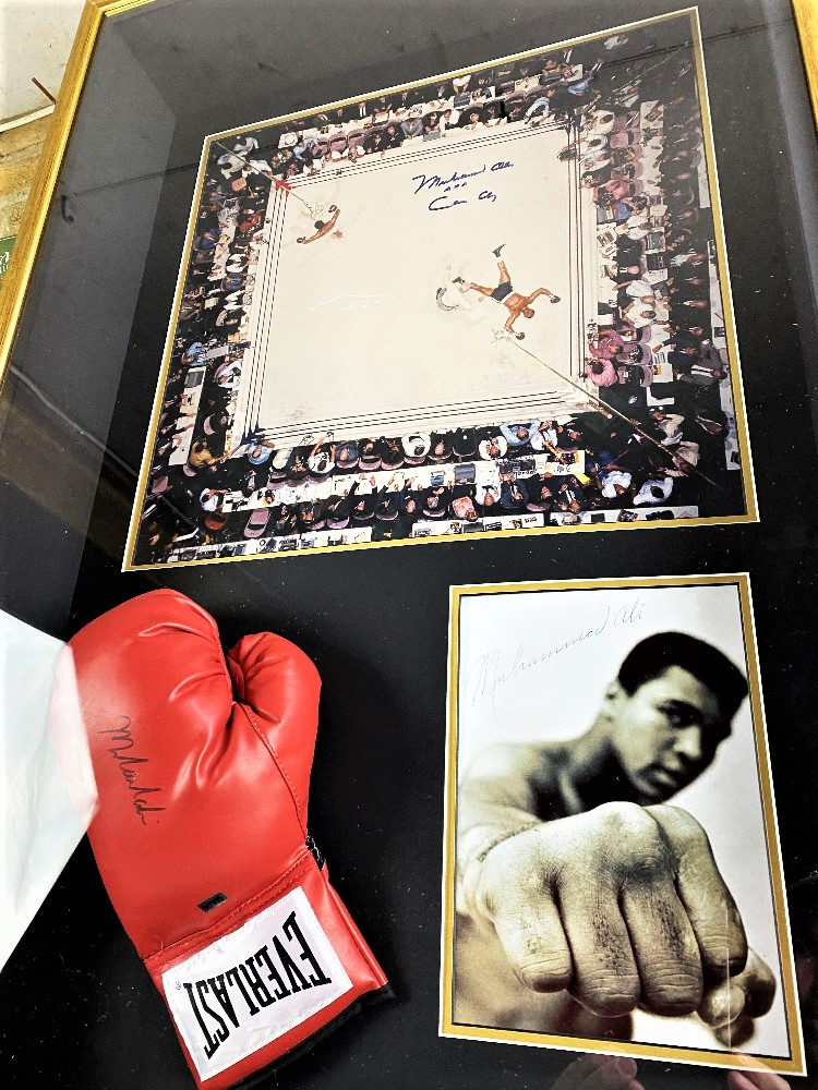 Muhammed Ali Vs Cleveland Williams-Signed 60`s Ring Magazine Photo & Glove Montage - Image 4 of 5