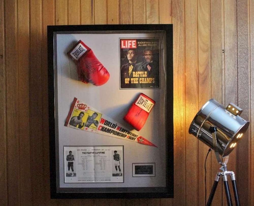 "Muhammad Ali & Joe Frazier Signed Life Magazine ""Fight of The Century"" Montage - Image 4 of 5"