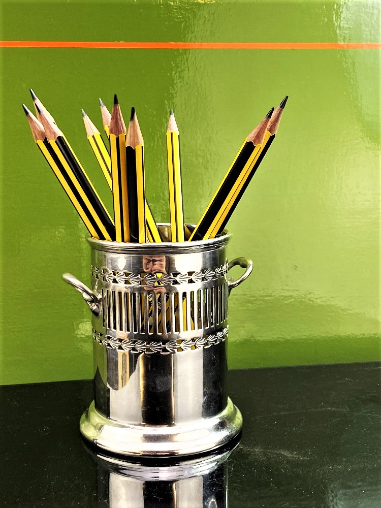 Mappin & Webb Silver Plated Condiment/Pen Holder - Image 3 of 3