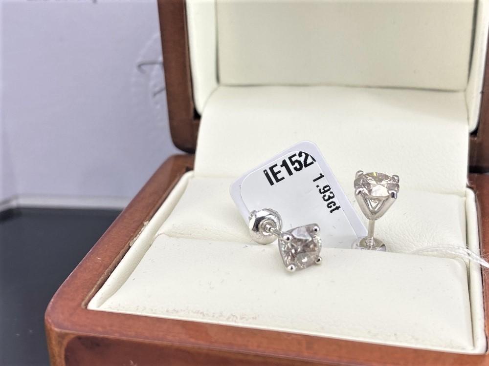 Pair of New 1.93 Carat Round Cut VS2/F Diamond Stud Earrings On 14K Hallmarked White Gold - Image 4 of 5