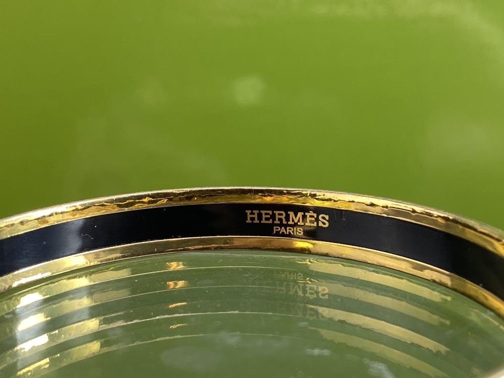 Hermes Capitale Narrow Gold Plated Bangle - Image 2 of 7