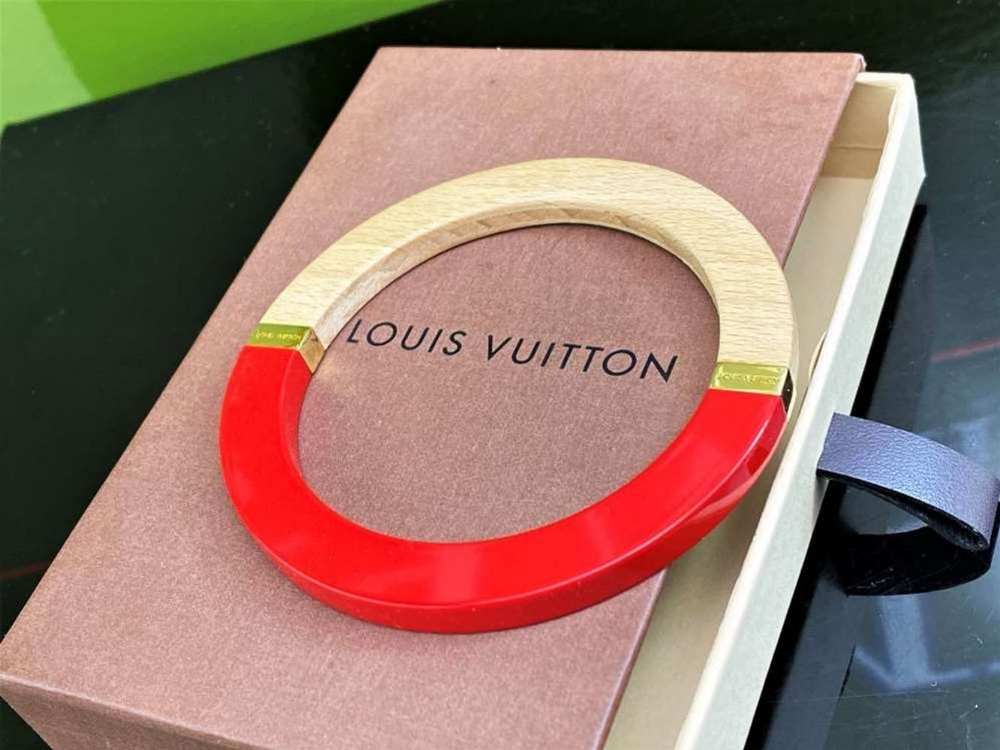 Louis Vuitton Red And Wood Bangle Bracelet With Gold Trim - Image 5 of 5