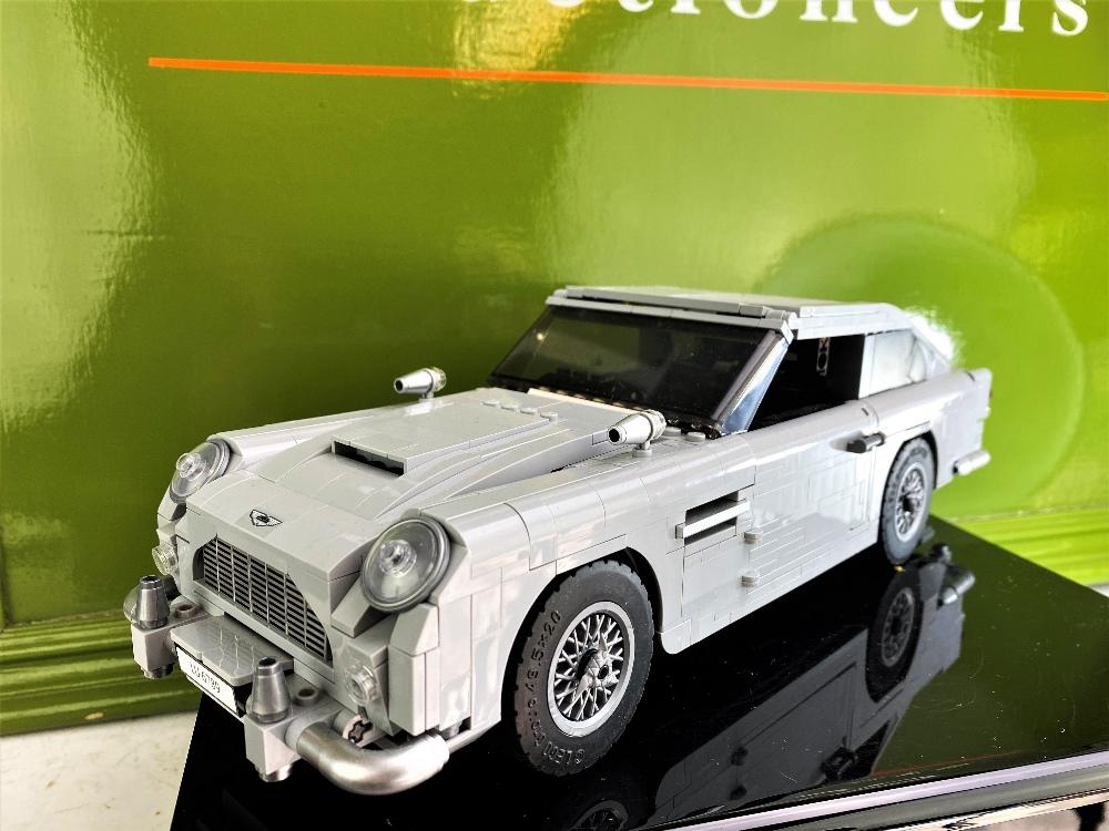 James Bond 007 Creator Lego Aston Martin DB5 Ref: 10262 - Image 6 of 6