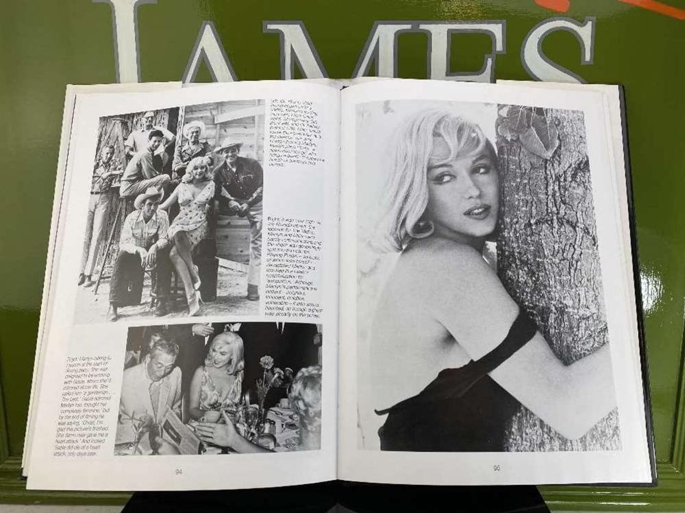 """Marilyn Monroe """" A Hollywood Life"""" Hardback Book By Ann Lloyd - Image 3 of 4"""
