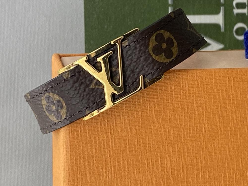 Louis Viitton Classic Monogram & Gold Plated LV Emblem Bracelet.