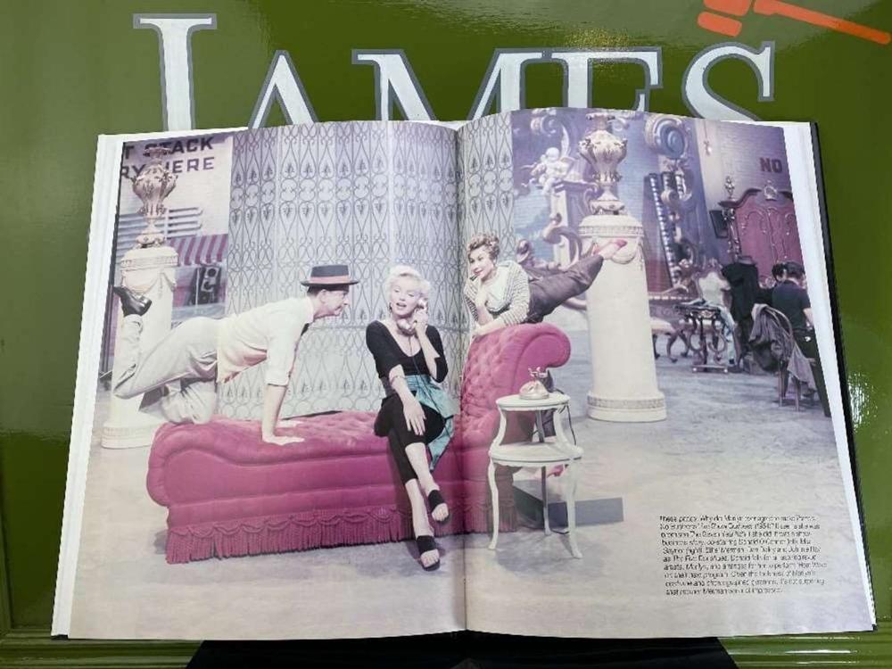 """Marilyn Monroe """" A Hollywood Life"""" Hardback Book By Ann Lloyd - Image 2 of 4"""