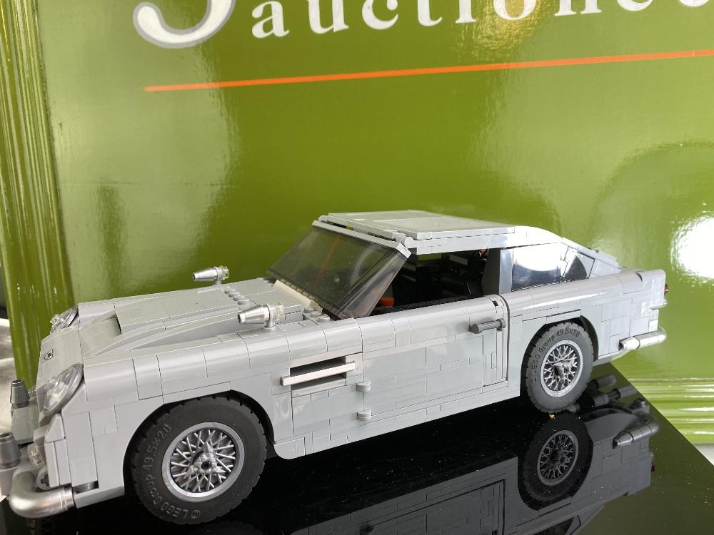 James Bond 007 Creator Lego Aston Martin DB5 Ref: 10262 - Image 2 of 6