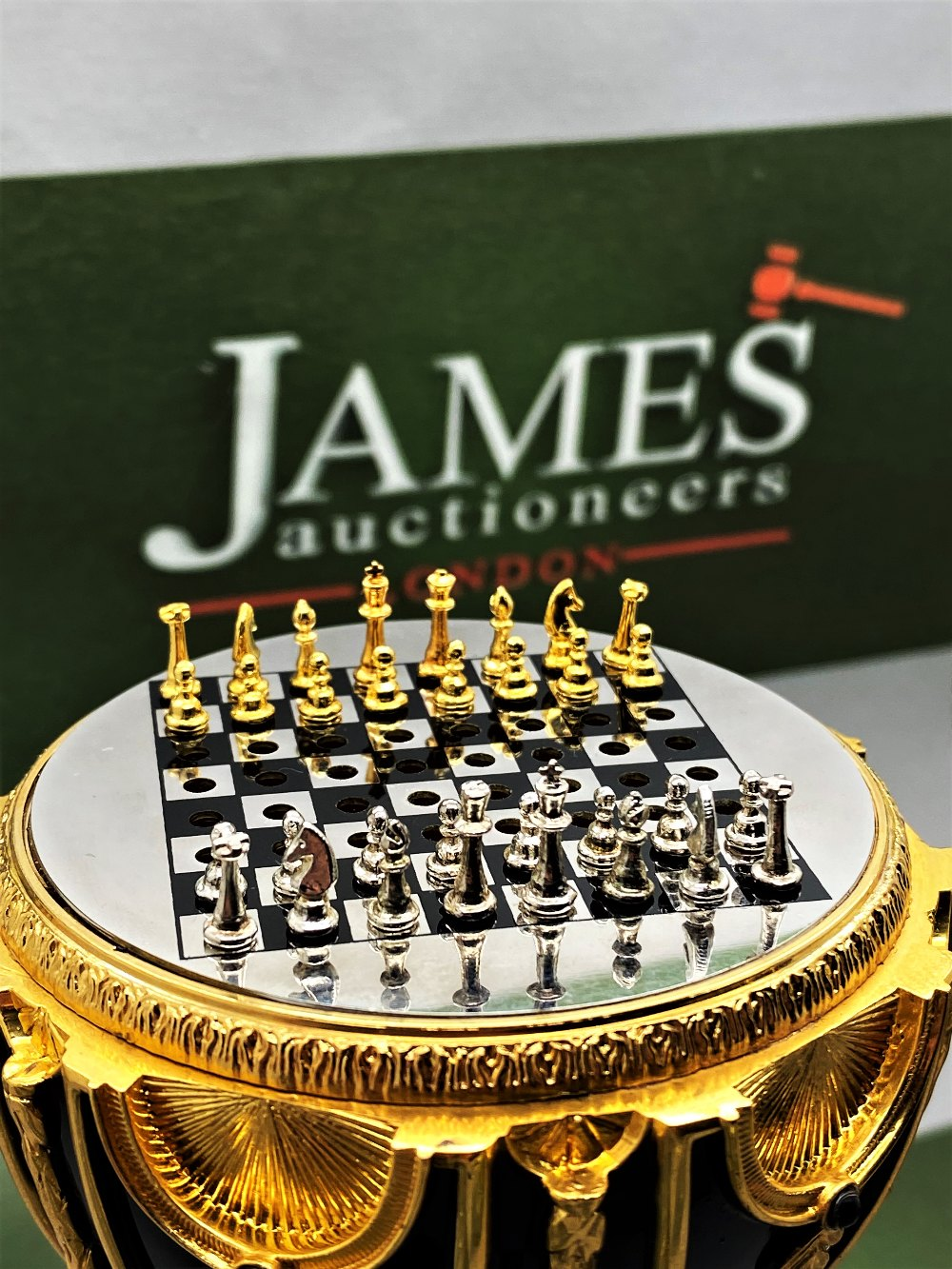 Franklin Mint House of Faberge 24 Carat Gold Imperial Jeweled Egg Chess Set - Image 7 of 11