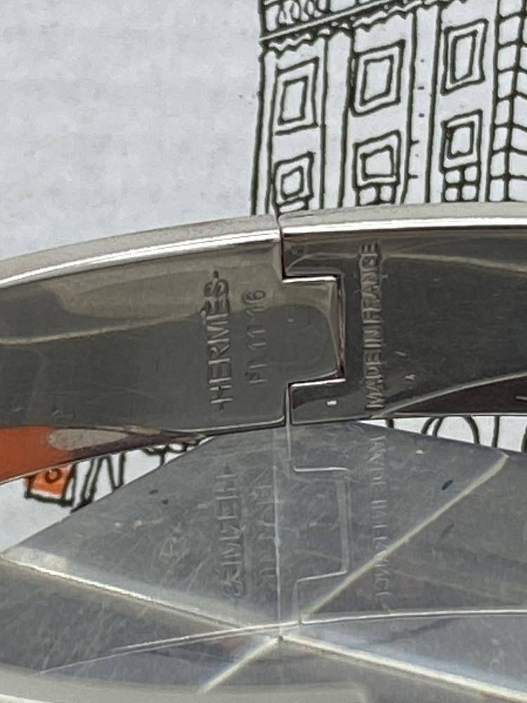 """Hermes Paris Classic """"H"""" Click Clac Bracelet - Image 3 of 8"""