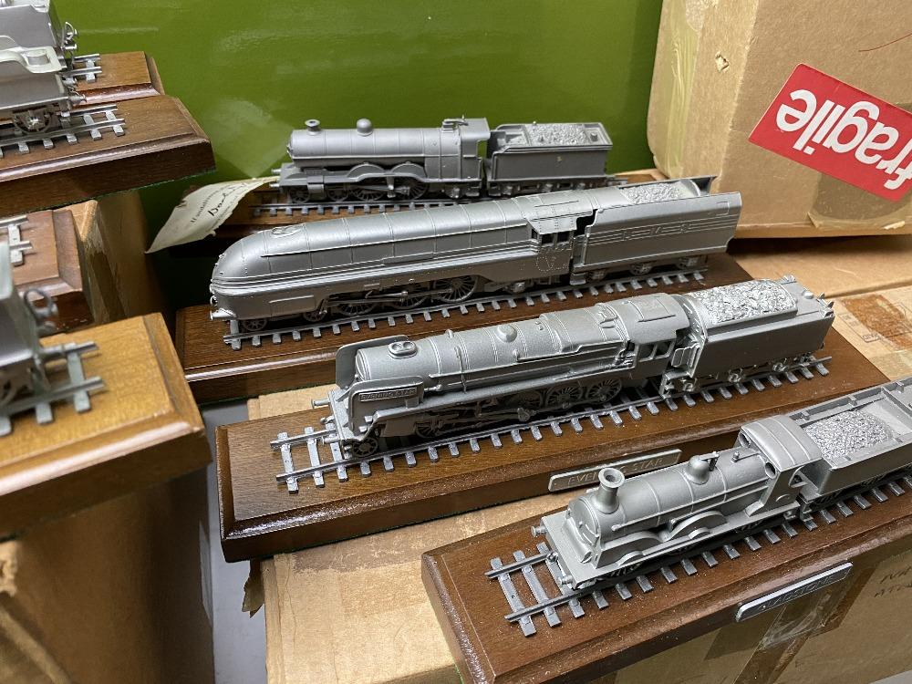Danbury Mint Collection of Classic British Locomotive Trains - Image 6 of 6
