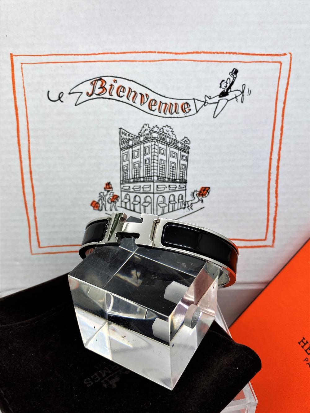 """Hermes Paris Classic """"H"""" Click Clac Bracelet - Image 7 of 8"""