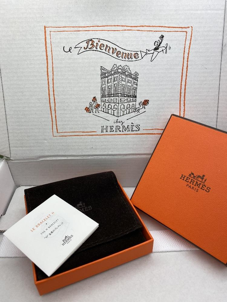 """Hermes Paris Classic """"H"""" Click Clac Bracelet - Image 8 of 8"""