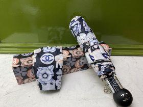 "Gucci ""Cats"" Special Edition Umbrella-As New Example."