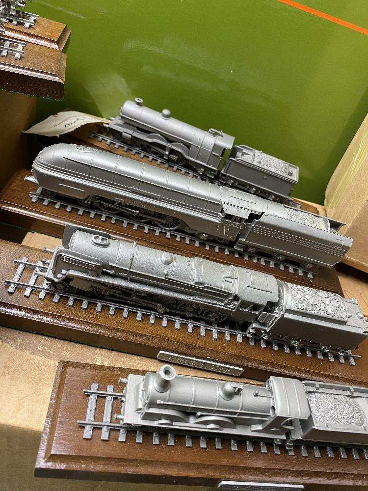 Danbury Mint Collection of Classic British Locomotive Trains - Image 2 of 6