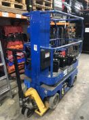 UpRight Inc 107000-001 Electric Scissor Lift | YOM: 2001 | SPARES & REPAIRS - BATTERY ISSUE