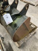Unbranded 4 Toothed Digger Bucket Attachment | 40mm x 260mm x 300mm x 580mm