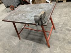 Collapsible Workbench w/ Fitted Table Vice