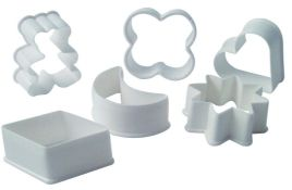 300 x Plastic Cookie Cutter Sets | 6 pcs