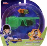 572 x TOMY Games Miles From Tomorrowland Spectral Eyescreen | Total RRP £2,855