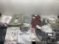 18 x Various Religion T-Shirts & Tops