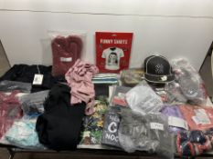 Mixed Lot of Clothing & Accessories | See description | 24 Items
