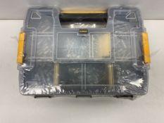 DeWalt DW5LZIPIT 200 Piece Plasterboard Anchors Kit | RRP £22.95