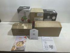 5 x Various Kitchen Appliances/Utensils as per pictures